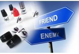 Klej do przedłużania rzęs - lojalny przyjaciel czy kapryśny drań?